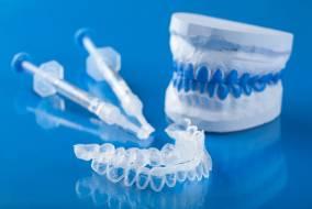 بلیچینگ در خانه ، ژل سفید کننده دندان